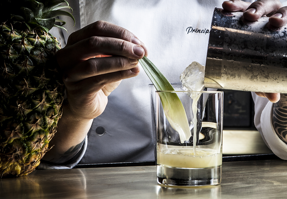 Mandarin Oriental, Barcelona y Pernod Ricard España abren un pop up de Employees Only en Banker's Bar